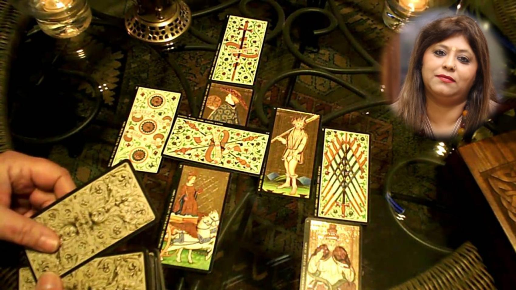 Career in Career-in-Tarot-Card-Reading/hindi